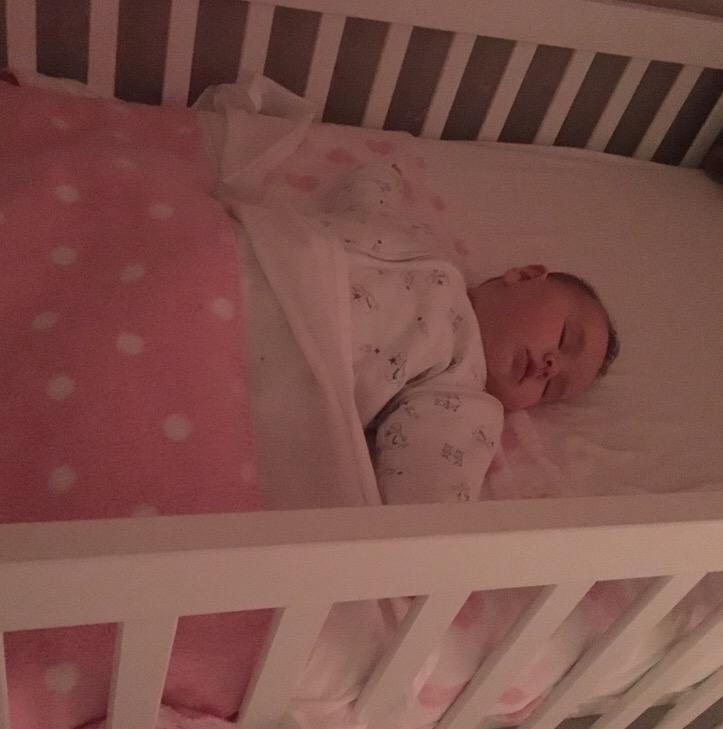 slapen in een ledikant