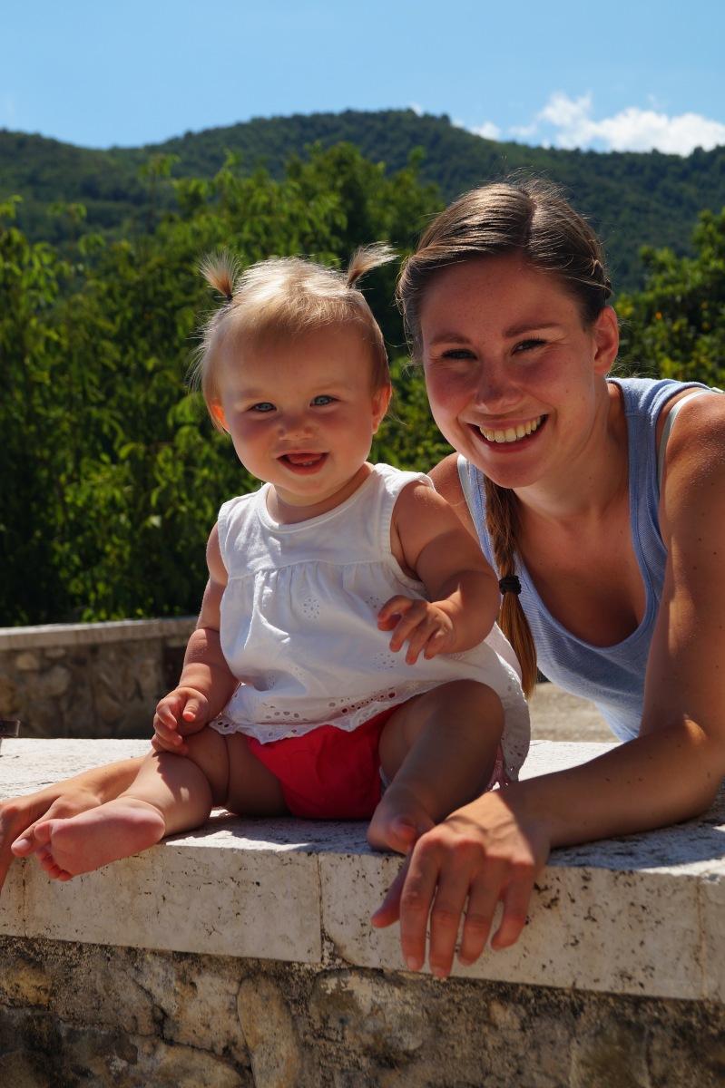 Milou is studerende moeder, zij werd zwanger ondanks haar spiraaltje