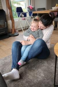 MoedersNatuurlijk mamakuif 9 maanden op 9 maanden af